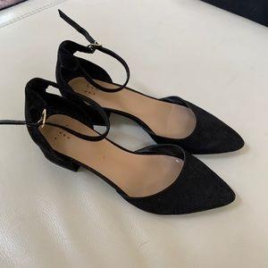 Classy black block heel pointed toe shoes 7